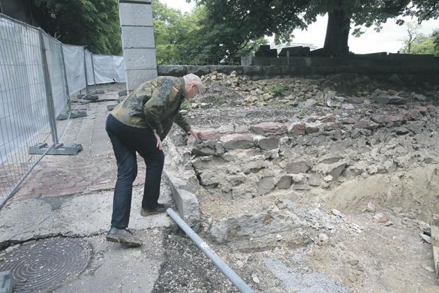 Историки просят ГПУ остановить строительство в историческом центре Киева