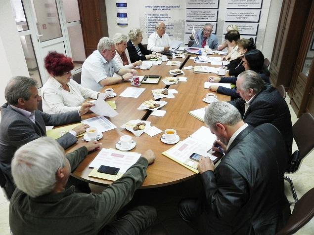 Обговорення важливих для організації будівництва проблемних питань відбулося у Будівельній палаті України